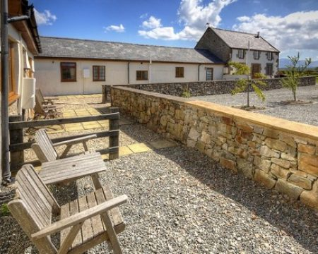 self catering accommodation wales